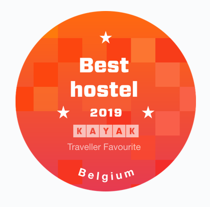 badge-kayak-best-hostel