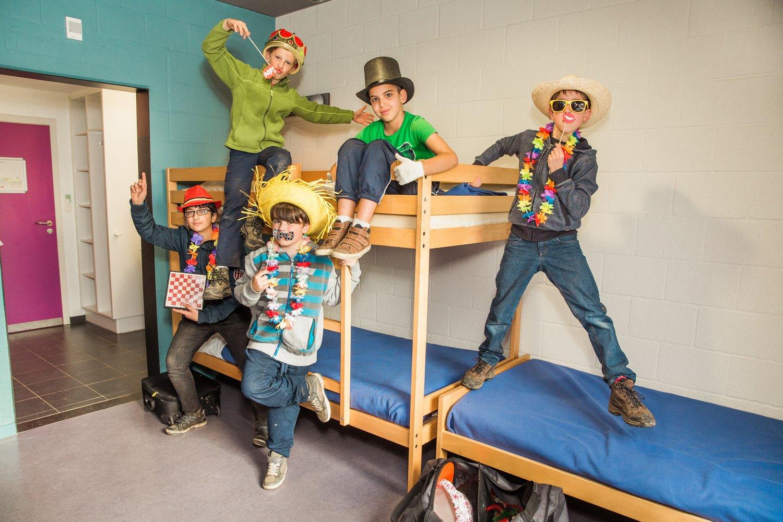 Kinderen in een meerpersoonskamer