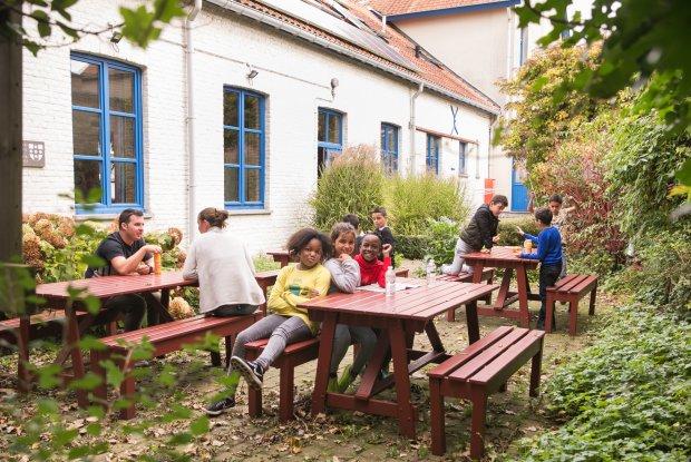 Binnenkoer van Hostel De Wullok in Blankenberge